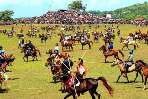 Festival-Kebudayaan-Di-Indonesia